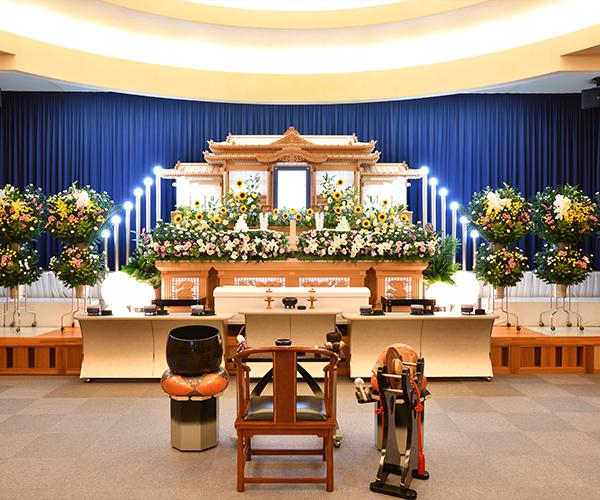 たまはし もとみや斎場の感動が広がる「祭壇生花」