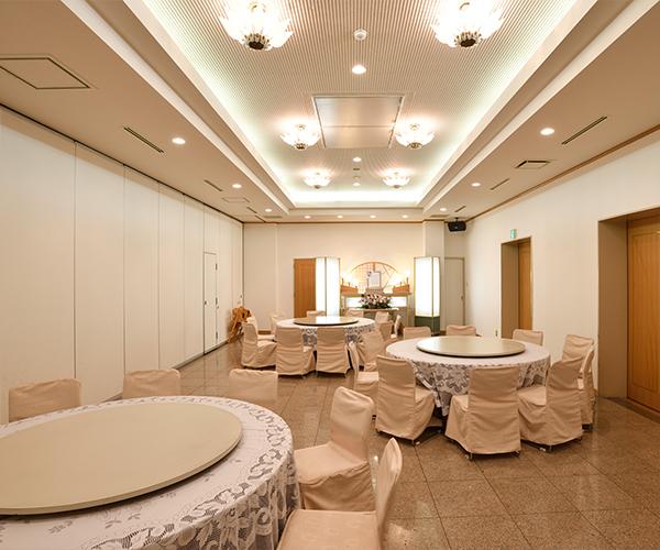 こころ斎苑 開成の会食室