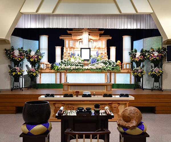 こころ斎苑 飯坂の感動が広がる「祭壇生花」
