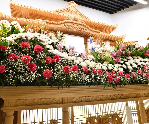 こころ斎苑 会津の感動が広がる「祭壇生花」