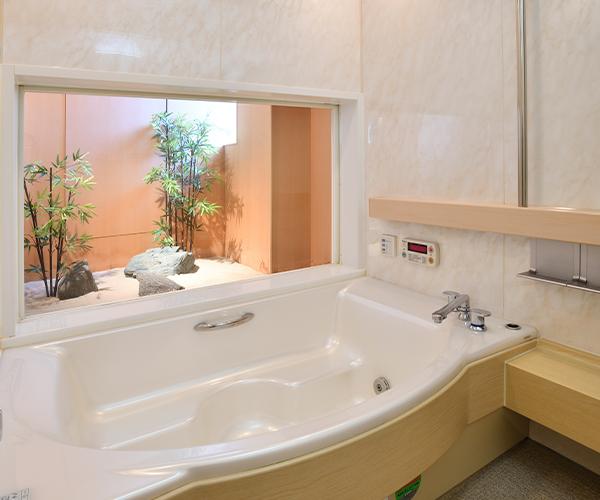 こころ斎苑 鎌田1階のバスルーム